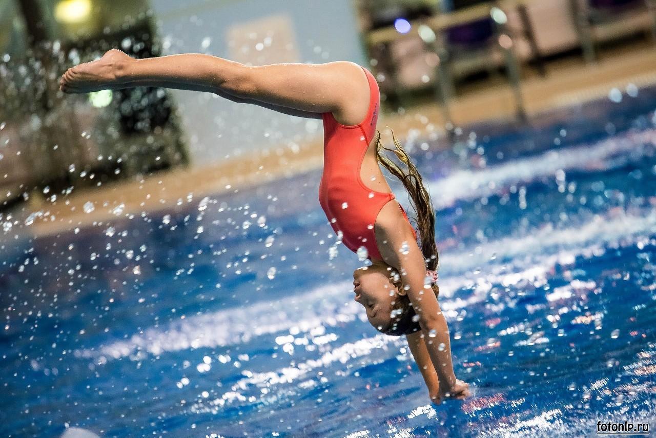 спортивная-фотосъёмка-прыжки в воду